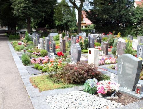 Sind Beerdigungskosten von der Steuer absetzbar?